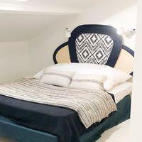 La nouvelle tête de lit a prit place dans la chambre #bedroom#cannage#rotin#ethnique#architecte#design#furniture#blomkal#wood#instadeco#designscandinave#home#architectedinterieur#mobilier@tetedelit#