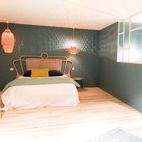 Nouvelle réalisation de verrière et jolie mise en scène de notre tête de lit by @nathaliemanicot #blomkal#interiordesign#homedecor#furniture#architectedinterieur#cannage#home#scandinave#scandinavehome#rotin#bed#agencementinterieur#maisonfrance5